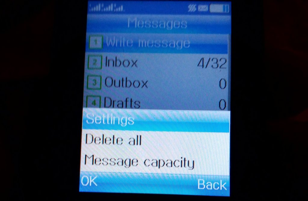 How to reset message center number on small (non android) phone