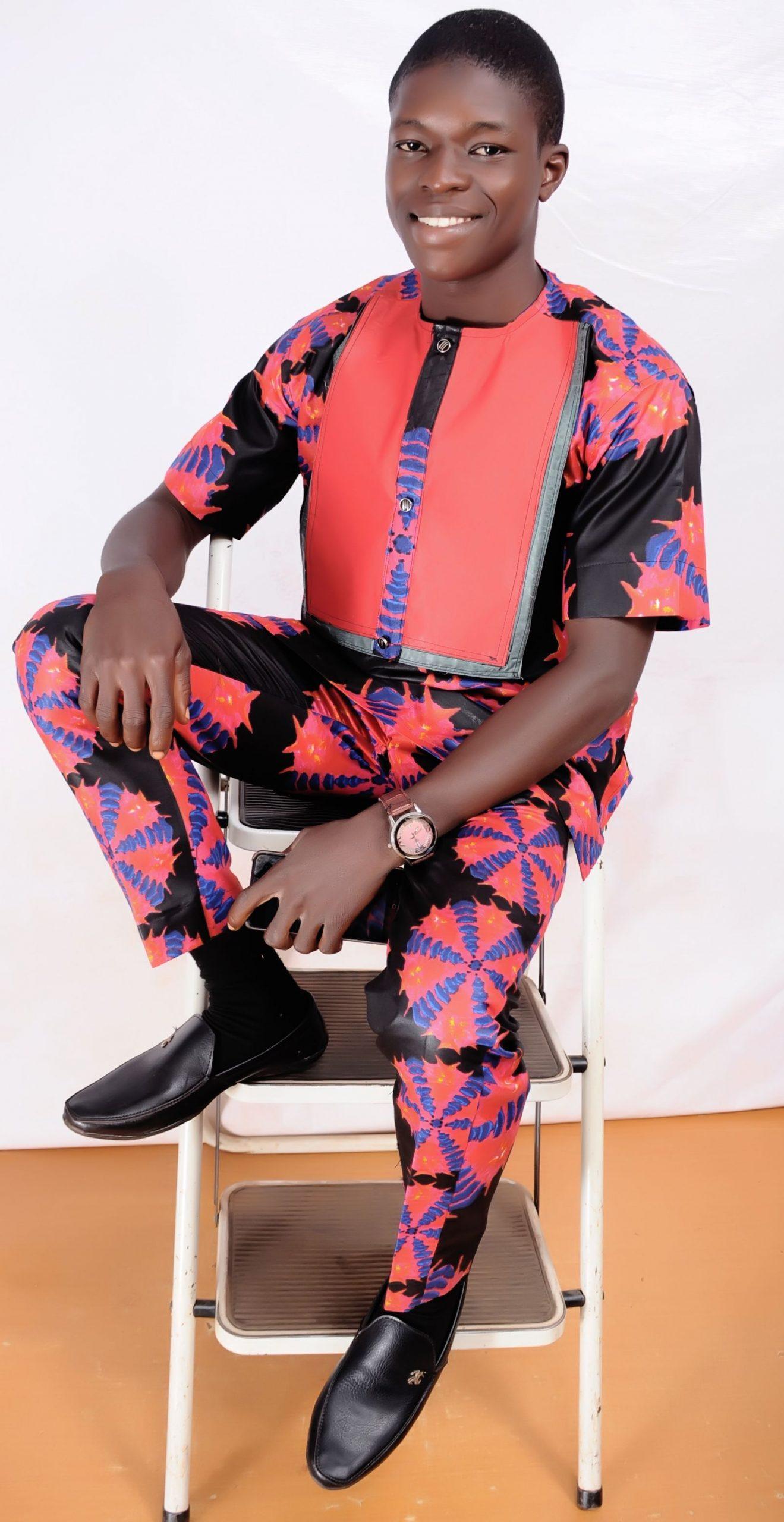 Abdulrazaq Yahaya, content editor and founder of fastknowers.com